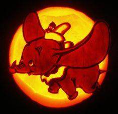 Cool Pumpkin Carving of Dumbo Disney Pumpkin Carving, Amazing Pumpkin Carving, Pumpkin Carving Patterns, Painted Pumpkins, Carved Pumpkins, Carving Designs, Jpg, Pumpkin Decorating, Halloween Pumpkins
