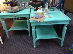 Vintage side table painted with cece caldwell 39 s emerald - How to mix emerald green paint ...