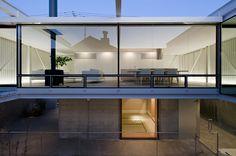 Casa Pátio / Yaita and Associates