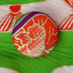 Silk kimono button: Fumiko