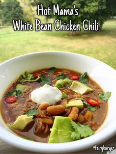 The Recipe ReDux: Hot Mama's White Bean Chicken Chili | @fairyburger