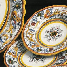 Deruta of Italy's Raffaellesco is a classic design from the Umbrian region of Italy. Handmade by skilled Italian craftsmen utilizing the same techniques handed down through generations of artisans. This handmade feature is what makes this collection both unique and desirable.