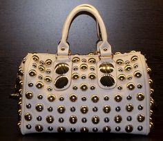 Bolsos 20€ www.facebook.com/Mapleroadmadrid