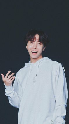 Hoseok is my hope💚💜💚 Seokjin, Namjoon, Taehyung, Gwangju, Foto Bts, Bts Photo, Jung Hoseok, Bts Boys, Bts Bangtan Boy