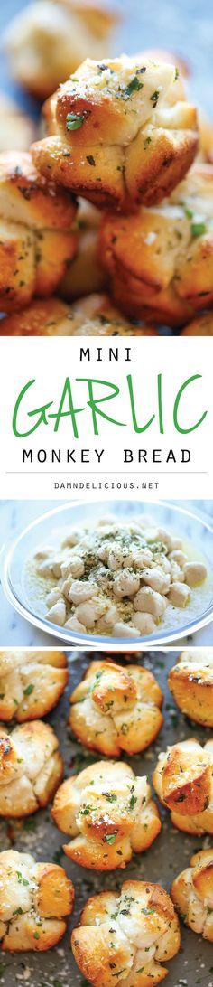 Mini Garlic Monkey Bread - Mini garlic bread that comes together in just 10 minutes .