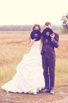 Cute wedding photo idea. #rocknroll