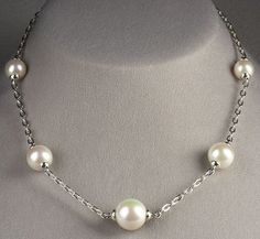 (Image: Neiman Marcus) Wire Necklace, Pearl Necklace, Unique Jewelry, Jewelry Ideas, Diy Jewelry, Jewelery, Beautiful Necklaces, Neiman Marcus, Short Necklace