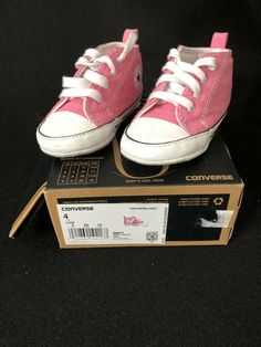 4d6bc18a981 Converse Crib Shoes First Star High Top Pink Size 4 Used Excellent  Condition  fashion