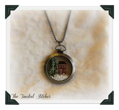 Diane's Pocket Watch Necklace by The Twisted Stitcher, via Flickr
