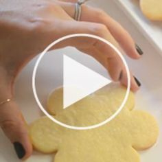 Sugar Cookies + Royal Icing Tutorial | Cupcakes & Cashmere
