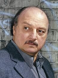 If the ebook FIERY TRAP becomes a Movie: Dennis Franz would play Officer Willy.