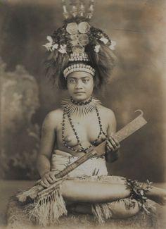 "kaitaekiai:  steroge:  Samoan princess in headdress, c.1880 by Thomas Andrew (attributed)  ""samoan princess"""
