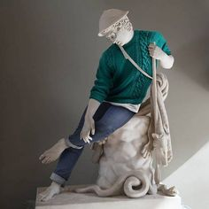 Leo Caillard & Alexis Persani, Esculturas vestidas, 14