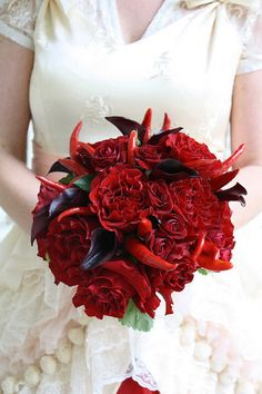 chili pepper bouquet with flowers (maybe make them out of fabric?)