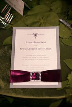 Twilight Wedding inspired invitation: Utah Events by Design Breaking Dawn Wedding, Twilight Breaking Dawn, Twilight Series, Twilight Movie, Twilight Wedding, Twilight Pictures, Love And Marriage, Wedding Themes, Engagement Photos