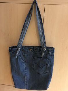 Jeans, Fashion, Bags, Moda, Fashion Styles, Fashion Illustrations, Denim, Denim Pants, Denim Jeans