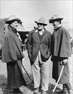 John Wayne, John Ford and Ben Johnson behind the scenes, She Wore a Yellow Ribbon