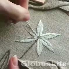 Hand Embroidery Patterns Flowers, Hand Embroidery Videos, Embroidery Stitches Tutorial, Embroidery Flowers Pattern, Embroidery For Beginners, Hand Embroidery Designs, Hand Embroidery Projects, Creative Embroidery, Simple Embroidery