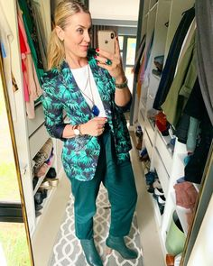 #green #tropical #prints #jacketstyle #greenboots #imageconsultant #shopping #ponytail Post Pregnancy Clothes, Pre Pregnancy, Pregnancy Outfits, Green Boots, Jacket Style, Business Casual, What To Wear, Personal Style, Tropical Prints