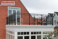 Balcony Grill Design 23 Balcony Railing Designs Pictures You Must Look At Veranda Railing, Glass Balcony Railing, Roof Balcony, Balcony Railing Design, Wood Railing, Outdoor Balcony, Balcony Ideas, Balcony Garden, Balcony Grill Design