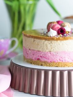 Syntymäpäiväkakkuni: Vadelma-Kinuskikakku   Annin Uunissa Cute Cakes, I Love Food, Panna Cotta, Cheesecake, Food And Drink, Pudding, Favorite Recipes, Cooking, Sweet