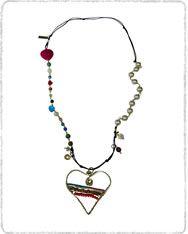 Cho142 Collar largo perlas piedras Tienda: Chon's (Orfebrería y bisutería) Enlace directo a la tienda: http://www.hechoamanos.com/cat_name/chons.aspx