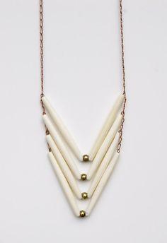 Chevron Bone Necklace por JanelleGramling en Etsy