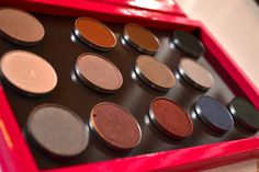 —NEW BLOG POST! check out my eye shadow review http://glamlifeliving.com/?p=538