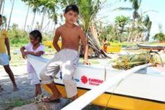 Philippines rises up after Typhoon Haiyan - Caritas Internationalis #CJSnews Club del Juguete Solidario
