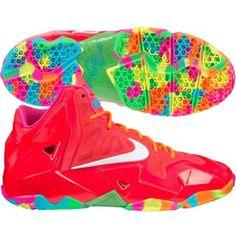 boys lebron sneakers