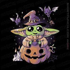 Disney Halloween, Yoda Halloween, Halloween Cartoons, Funny Halloween, Cute Disney Drawings, Cute Drawings, Cute Halloween Drawings, Yoda Images, Baby Canvas