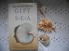 Book Bundle Gift from The Sea by Anne Morrow Lindbergh Hardcover 1975 and The Sea Around Us by Rachel Carson Paperback 1989. Two Bestsellers. { C O N D I T I O N }  Hardcover: very good condition, strong spine, tight binding, clean interior Paperback: very good condition, strong spine, tight binding, clean interior. { D E S C R I P T I O N }  Beautiful book bundle of two non-fiction classics! A beautiful Memior by Anne Lindbergh a 1955 best seller and a 1951 non-fiction best seller by Rachel…