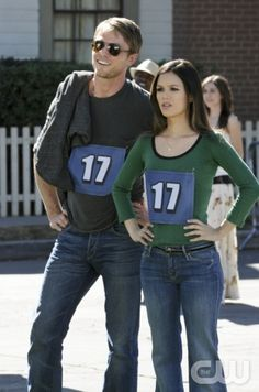 """""""The Race and the Relationship"""" - Pictured (L-R): Wilson Bethel as Wade and Rachel Bilson as Dr. Zoe Hart in HART OF DIXIE on THE CW. Photo: Michael Yarish/The CW ©2012 The CW Network. All Rights Reserved."""