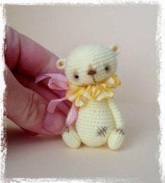 Lemon Squeezie by TheTinyToyBox Miniature Thread Artist Bears