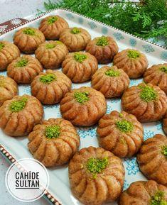 Image may contain: food Köstliche Desserts, Delicious Desserts, Dessert Recipes, Food Buffet, Turkish Delight, Turkish Recipes, World Recipes, Food And Drink, Pumpkin
