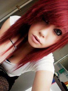 Choppy, red hair