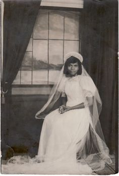 19 year-old Edna Maryon her wedding day, 1940 St. Louis, Missouri