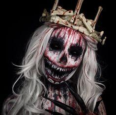 Old Bloody Bones rawhead makeup costume crown horror scary blood gory Halloween boogeyman IG @TheTrashmask