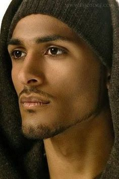Look Your Absolute Best With These Beauty Tips Beautiful Men Faces, Black Is Beautiful, Gorgeous Men, Beautiful People, Stunningly Beautiful, Arab Men, Handsome Black Men, People Of The World, Interesting Faces
