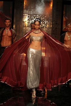 Manish Malhotra Lakme Fashion Week 2011