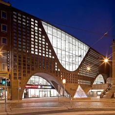HELSINKI UNIVERSITY MAIN LIBRARY Helsinki • Finland BY ANTTINEN OIVA ARCHITECTS via aasarchitecture