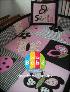 Decobebé » Mariposas - decobebe, decobebé, deco bebe, deco bebé, edredones, cobertores, colchas, edredones para bebes, edredones para bebe, colchas para bebe, colchas para bebes, juegos de cama para bebes, docoración, para bebés, para bebes, para niños, recien nacidos, cunas, cunas personalizadas, todo para bebé, todo para tu bebé, accesorios para bebé, accesorios para bebés, lamparas infantiles, lamparas para bebés, lamparas para cuarto de bebé, tapetes para bebés,almohadas, almohadas para… Baby Girl Quilts, Baby Girl Blankets, Girls Quilts, Butterfly Quilt, Easy Quilts, Diy Pillows, Applique Quilts, Baby Crafts, Baby Sewing