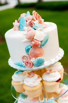 Key West wedding | Cake | JHunter Photography