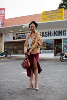 On the Street……. Kagiso, Johannesburg SA « The Sartorialist - fashion world and fashion show African Street Style, African Style, South African Fashion, Dressing Sense, Indie Girl, African Dresses For Women, Sartorialist, Fashion Tips For Women, Fashion Ideas