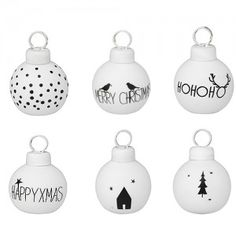 This set consists of six trendy cardholders with six different designs. The mouth-blown 'bauble' cardholders, with a diameter of three centimeters, Grinch Stole Christmas, Noel Christmas, Christmas Baubles, White Christmas, Christmas Wreaths, Christmas Trends, Christmas Inspiration, Black Christmas Decorations, White Baubles