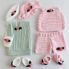 """Watch Maggie review this cute Doll Summer Outings Outfits Crochet Pattern! Design by: Carol Ballard Skill Level: Intermediate Size: Fits most 18"""" dolls. Materia"""
