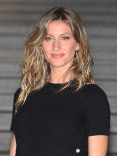 Blond oder braun? Keine Lust dich zu entscheiden? Dann probier doch mal den Haartrend des Sommers: Bronde.