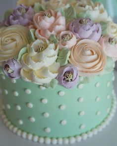 It's all in those #buttercream details...#buttercreamlove