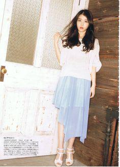 IU posing in a photoshoot for Odina Magazine March Issue Iu Fashion, Korean Fashion, Korean Girl, Asian Girl, Foto Pose, Celebs, Celebrities, Japanese Fashion, Korean Singer
