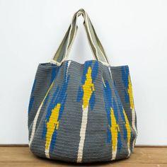 BAYONE - Gris & Mostaza Tapestry Bag, Tapestry Crochet, Crochet Tote, Crochet Handbags, Unique Handbags, Striped Bags, Knitting Accessories, Bucket Bag, Gym Bag